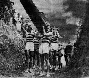 1935 mosman 8 carrying boat Penrith